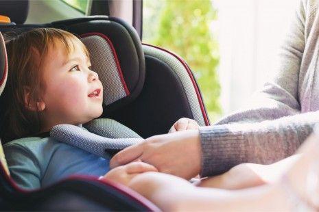 6 erros a evitar quando viajas com crianças no carro