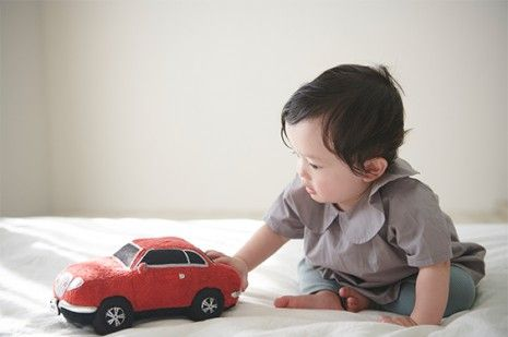 Há uma nova forma de acalmar o teu bebé (e usa o barulho de um carro)