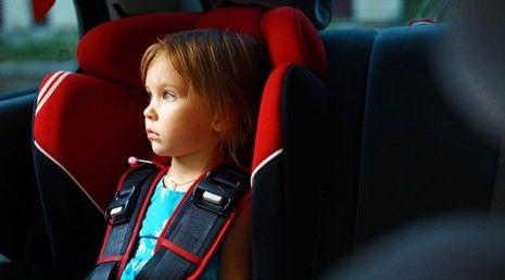Carros podem passar a ter um sistema que avisa quando as crianças ficam sozinhas