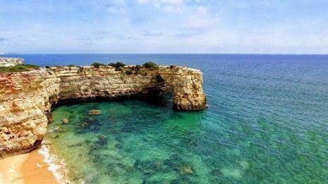As praias mais isoladas para passares um verão seguro