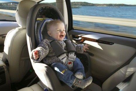 5 cuidados que deves ter ao viajar com crianças no carro