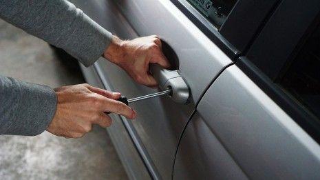 Já podes saber se o teu carro está a ser assaltado através do smartphone